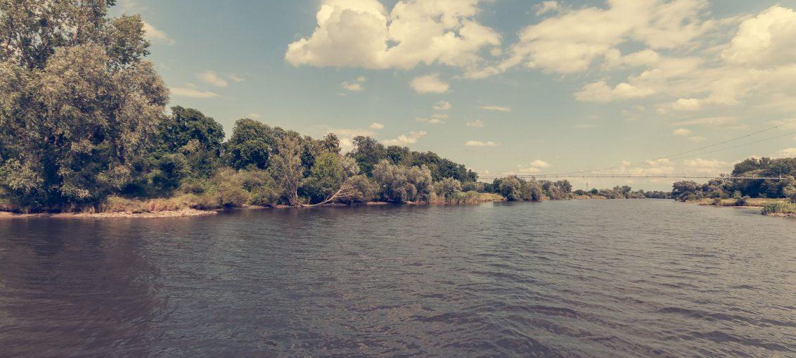 Brzeg parku we Wrocławiu