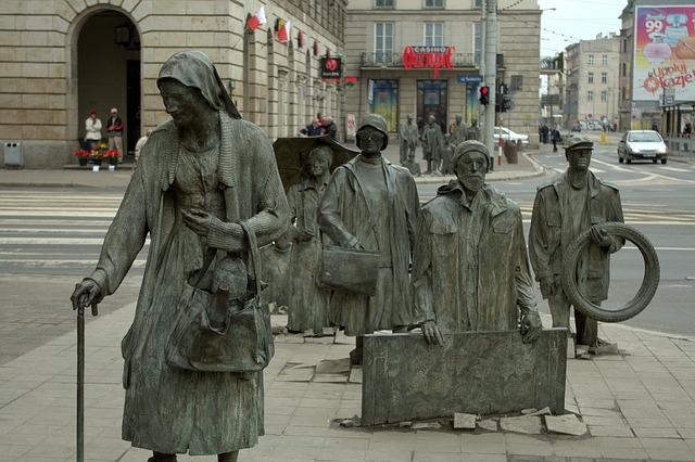 pomnik-ludzie-wrocław